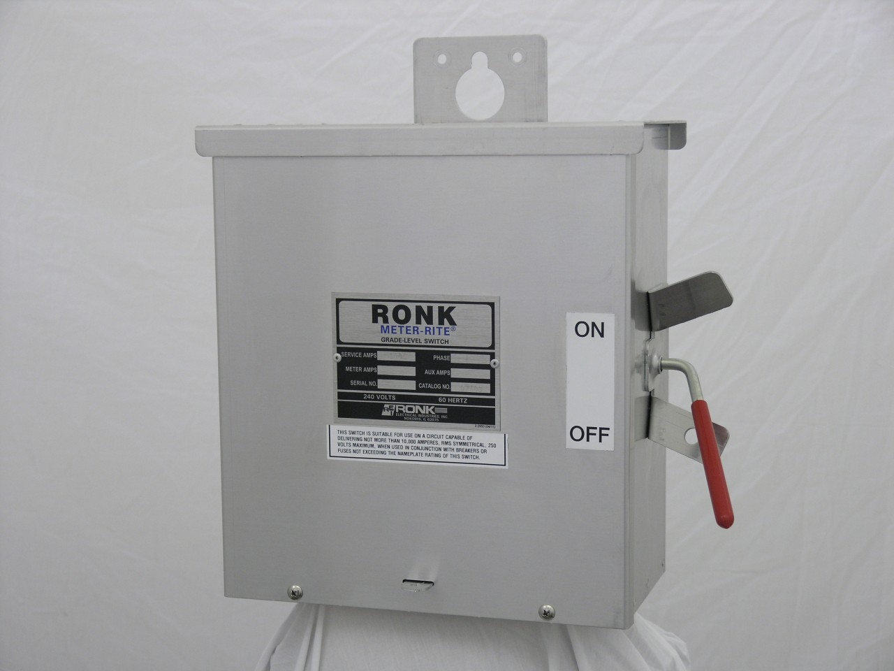 Ronk D7103 Disconnect Switch (1Ph, 100A)